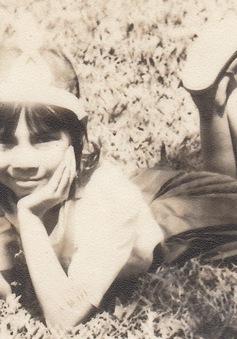 """Hình ảnh thời thơ bé đáng yêu của """"búp bê"""" Thanh Thảo"""