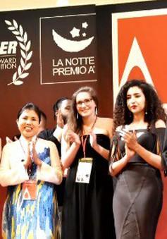 Họa sỹ Nguyễn Thu Thủy nhận Cup Bạc tại cuộc thi Thiết kế Quốc tế