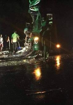 Đăk Lăk: 2 xe khách giường nằm tông nhau, 24 người bị thương
