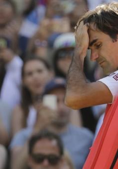 """Federer bất ngờ rút lui khỏi Roger Cup, Murray """"đánh cược"""" sau chấn thương"""