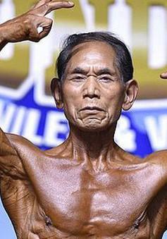 Lực sĩ thể hình 82 tuổi – Không bao giờ quá già để có thân hình 6 múi