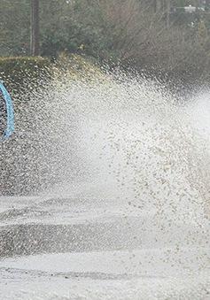 Trực tiếp thế hệ số 18h30 (01/08): Ý thức lái xe mùa mưa bão