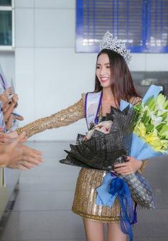 Đăng quang Hoa hậu, Phan Thị Mơ về nước trong vòng vây người hâm mộ