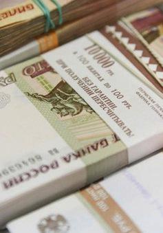 Bộ Tài chính Nga đề xuất giao dịch dầu thô bằng đồng Ruble