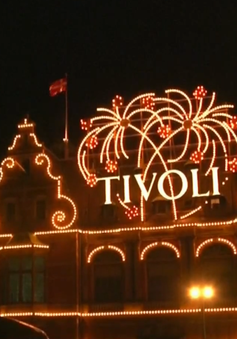 Tham quan Tivoli - Công viên giải trí lâu đời thứ 2 trên thế giới
