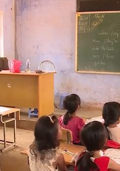 Rà soát biên chế, khắc phục tình trạng thiếu giáo viên ở vùng sâu, vùng khó khăn