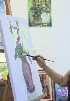 """Có gì bên trong lớp học vẽ """"đặc biệt"""" của họa sĩ Văn Dương Thành?"""