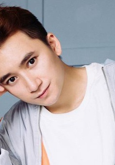 Phan Mạnh Quỳnh tiết lộ kế hoạch kết hôn với bạn gái 9X xinh đẹp