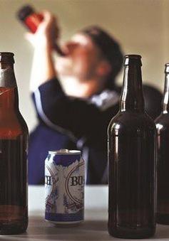 Rượu bia tăng nguy cơ tử vong của bệnh nhân lao
