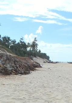 Sạt lở bờ biển nghiêm trọng tại Thừa Thiên - Huế