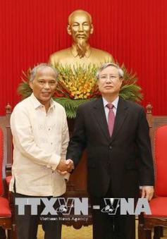 Đoàn đại biểu Đảng Dân chủ Philippines - Quyền lực Nhân dân thăm Việt Nam