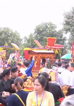 Hàng nghìn người tham dự Lễ hội truyền thống đền Bảo Hà - Lào Cai 2018