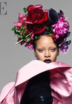 Rihanna đầy ấn tượng trên Vogue Anh