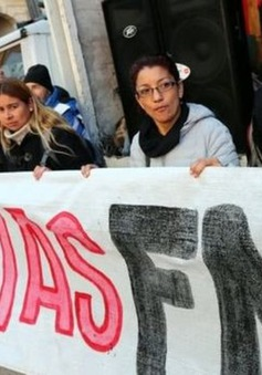 Argentina yêu cầu IMF giải ngân sớm gói cho vay