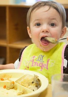 Trẻ ăn dặm và những điều cần lưu ý