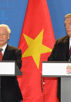 Việt Nam và Hungary nâng quan hệ lên đối tác toàn diện