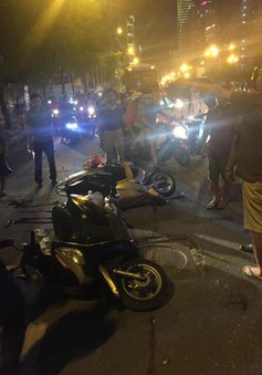 Hà Nội: Rơi thanh sắt công trình đang thi công, 1 người tử vong