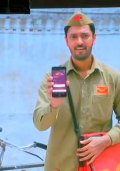 Ấn Độ: Biến người đưa thư thành ngân hàng di động