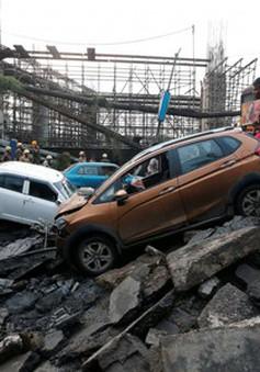 Sập cầu ở Ấn Độ, ít nhất 20 người thương vong
