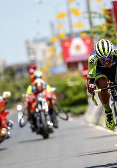 Tổng hợp chặng 5 giải xe đạp quốc tế VTV Cup Tôn Hoa Sen 2018: Loic Desriac về nhất, Nguyễn Đắc Thời giữ áo vàng