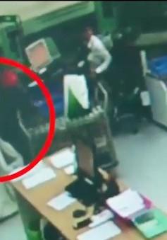 Khánh Hòa: Trích xuất camera nhận dạng 2 đối tượng cướp ngân hàng