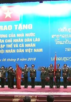 Nhiều tập thể, cá nhân được Nhà nước Lào tặng Huân chương
