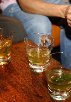 Uống rượu làm tăng nguy cơ ung thư