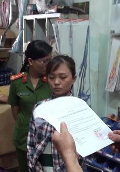 Phú Yên: Bắt 3 đối tượng làm giả giấy tờ xe gắn máy