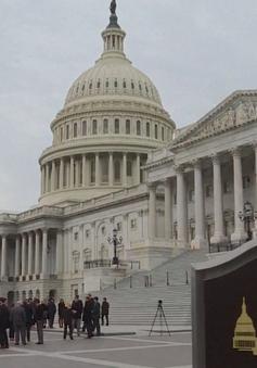 Thượng viện Mỹ hoãn bỏ phiếu thông qua dự luật chi tiêu tạm thời cho chính phủ