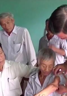 Đà Nẵng hỗ trợ sinh kế cho nạn nhân bom mìn