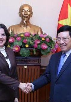 Phó Thủ tướng Phạm Bình Minh tiếp Đại sứ Cuba