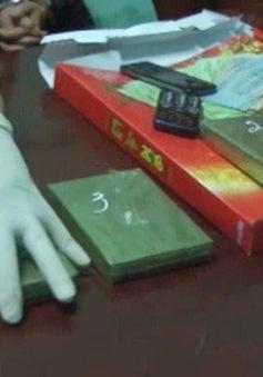 Hưng Yên: Bắt quả tang đối tượng vận chuyển 5 bánh heroin