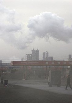 Trung Quốc xử lý cán bộ môi trường vi phạm