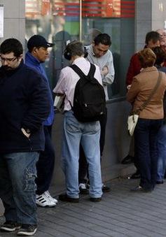 Tỷ lệ thất nghiệp của Eurozone xuống mức thấp nhất trong 9 năm