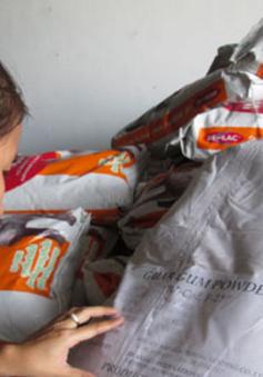 Phạt công ty suất ăn công nghiệp chứa hơn 2 tấn thực phẩm quá hạn sử dụng