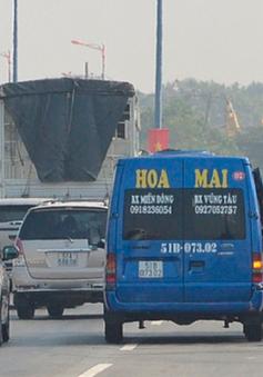 """Ra quân xử lý """"xe dù"""", """"bến cóc"""" tại TP.HCM"""