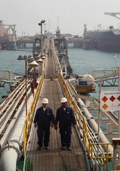 Iraq xuất khẩu dầu thô sang Iran