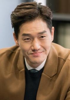 Nam tài tử Yoo Ji Tae đầu quân về công ty mới