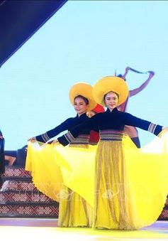 Khai mạc Lễ hội văn hóa thổ cẩm lần thứ nhất