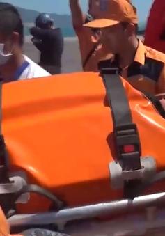 Cứu nạn kịp thời hành khách nước ngoài bị tắc ruột trên biển