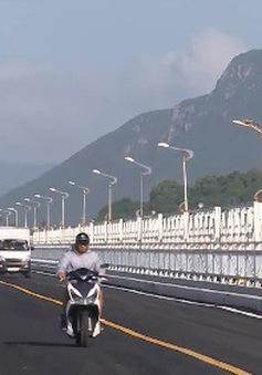 Thông xe cầu Đà Rằng