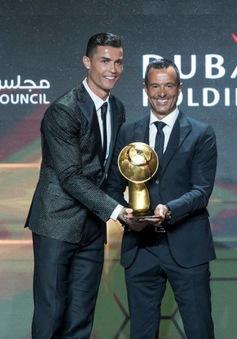 Cristiano Ronaldo lần thứ 5 nhận giải thưởng Globe Soccer