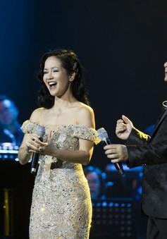 Bằng Kiều cùng Hồng Nhung biểu diễn xuất thần trong đêm nhạc Dương Thụ