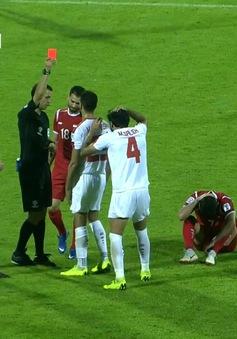 VIDEO: Chiếc thẻ đỏ đầu tiên của Asian Cup 2019 đã có chủ nhân