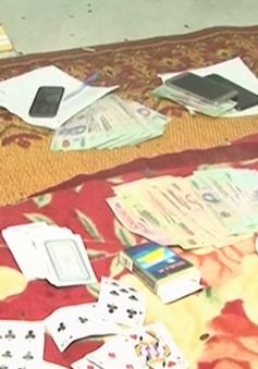 Bắt 20 đối tượng đánh bạc dưới hình thức xóc đĩa