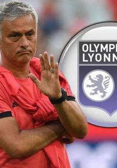 Jose Mourinho từ chối cơ hội làm việc tại Lyon