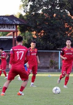 ĐT Việt Nam gặp khó khăn ngay buổi tập đầu tiên tại Bali