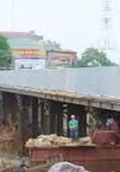 Hà Nội phân luồng giao thông phục vụ thi công cầu Ái Mỗ (Sơn Tây)