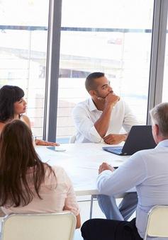Thị trường nhân sự: Thiếu chỗ này nhưng thừa chỗ khác