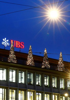 Ngân hàng Thụy Sĩ sẽ tính phí với các khoản tiền gửi của khách hàng